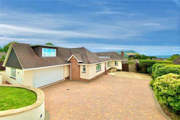 4 Bedrooms Detached Bungalow for sale in Cotlands, Sidmouth, Devon