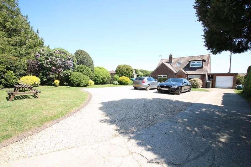 3 Bedrooms Detached House for sale in Edington Road, Steeple Ashton, Wiltshire, BA14