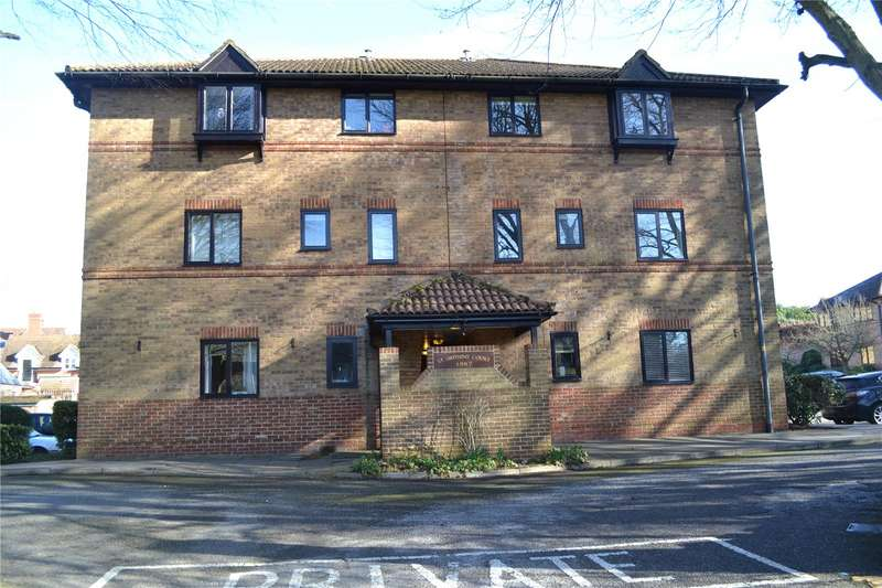 2 Bedrooms Apartment Flat for rent in St Swithins Court, Polehampton Close, Twyford, Berks, RG10