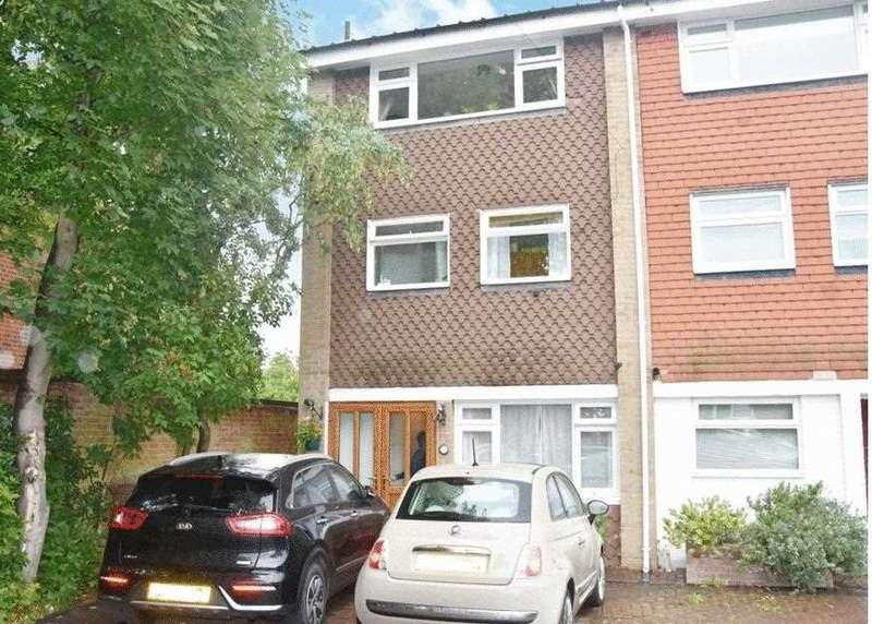 3 Bedrooms End Of Terrace House for sale in Park Hill, Carshalton