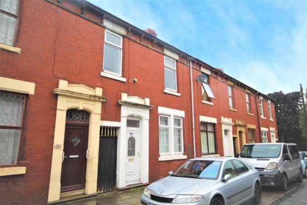 3 Bedrooms Terraced House for sale in Norris Street, Preston, PR1