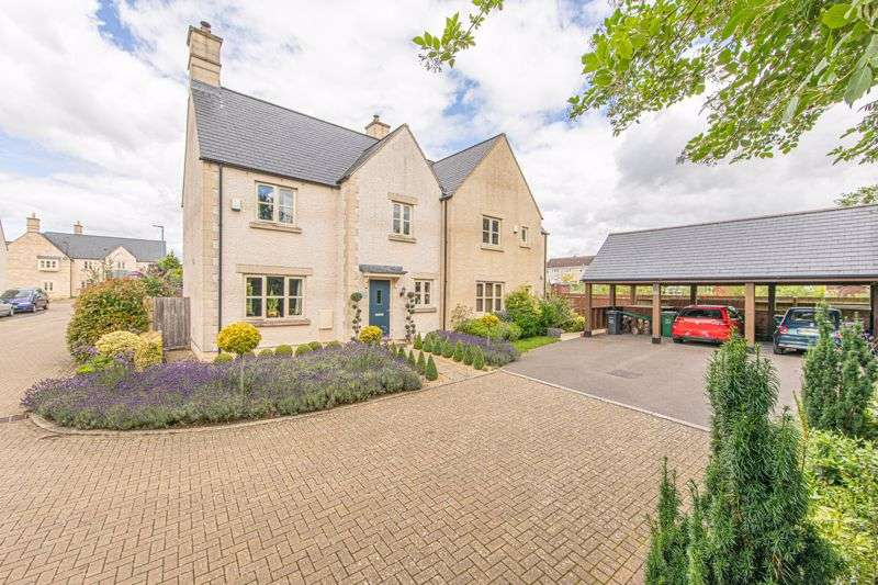 3 Bedrooms Property for sale in Cornwall Close, Tetbury