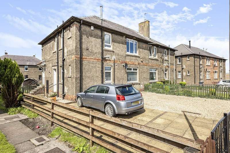 2 Bedrooms Flat for sale in Keltyhill Road, Kelty, KY4