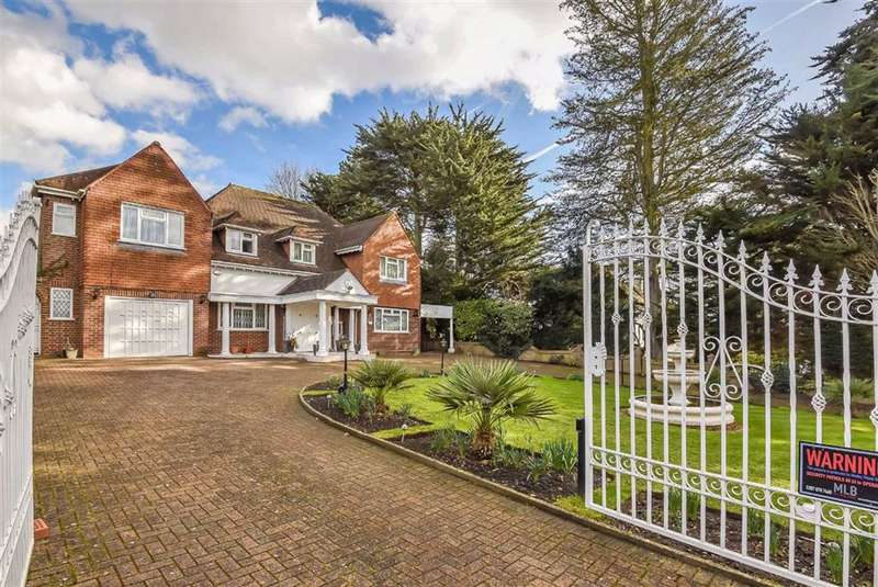 5 Bedrooms House for sale in Wood Ride, Hadley Wood, Hertfordshire
