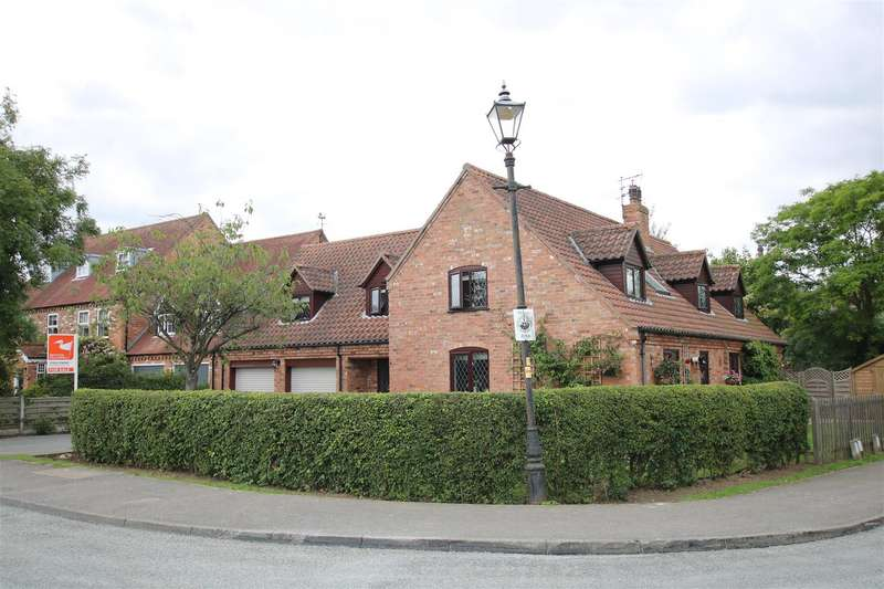 4 Bedrooms Detached House for sale in Lincoln Road, Bassingham, Lincoln