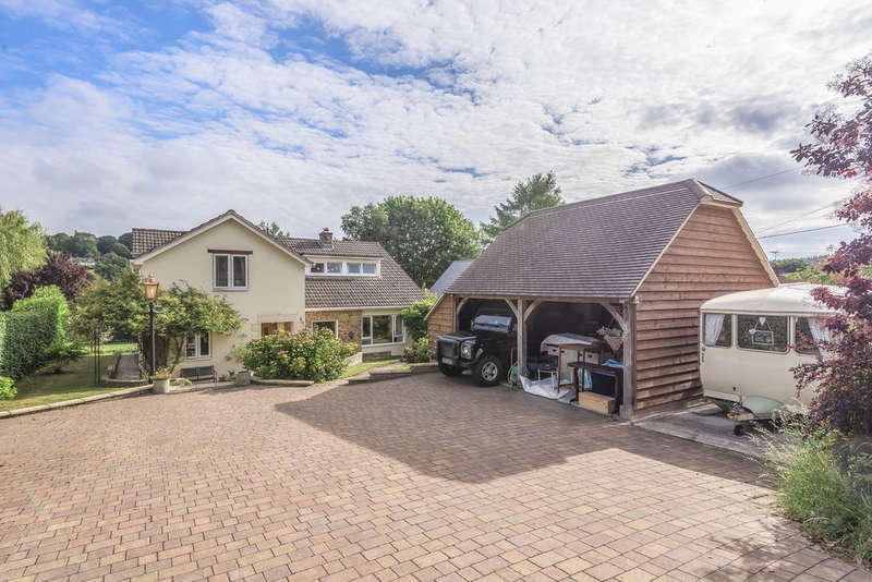 4 Bedrooms Detached House for sale in Clay Street, Crockerton