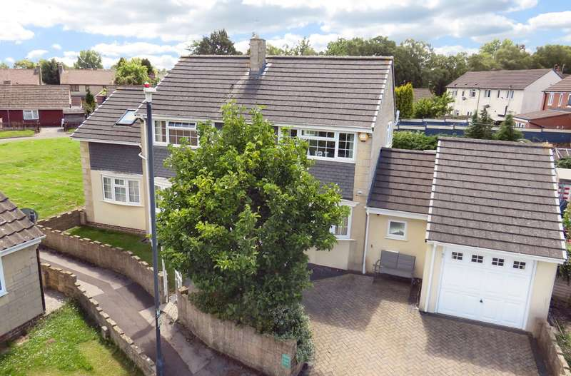 4 Bedrooms Detached House for sale in Homefield Road, Pucklechurch, BS16