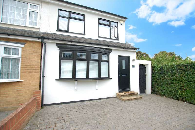 3 Bedrooms Semi Detached House for sale in Recreation Avenue, Romford, RM7
