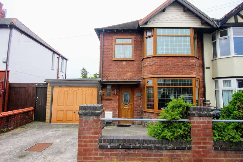 3 Bedrooms Semi Detached House for sale in Eaton Avenue, Blackpool