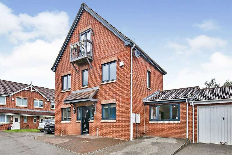 4 Bedrooms Detached House for sale in The Chequers, Templetown, Consett, DH8