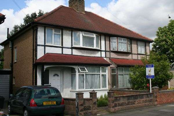 4 Bedrooms Property for rent in Ideal Student Let - 4 Bed House TWICKENHAM