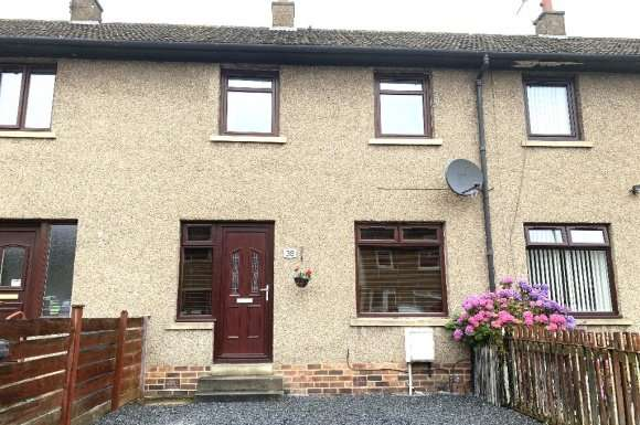 2 Bedrooms Terraced House for rent in Prieston Road, Dundee, DD3