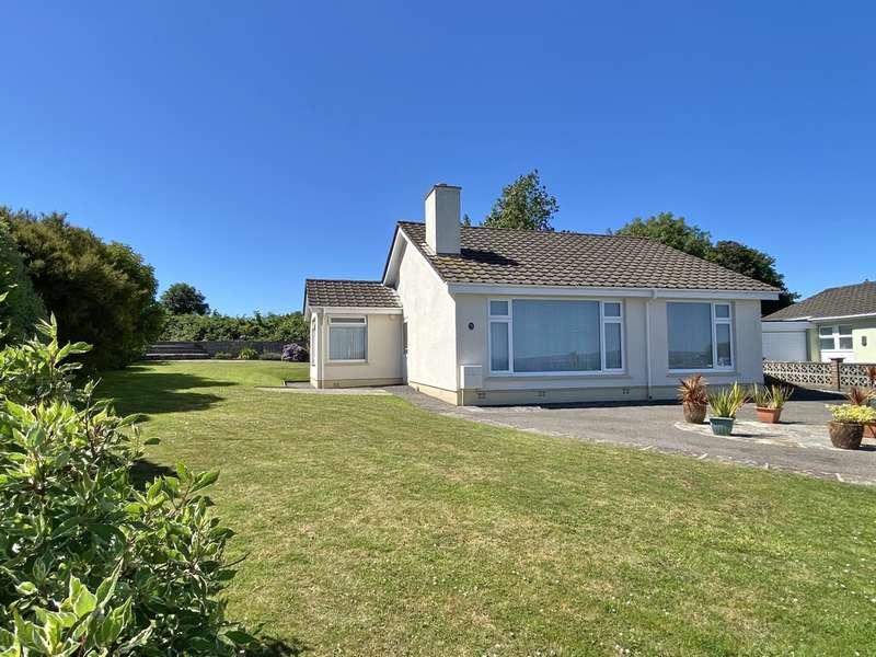 2 Bedrooms Detached Bungalow for sale in Mount Lidden, Penzance