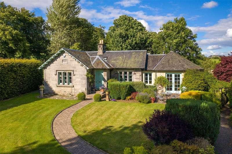 3 Bedrooms Detached House for sale in Cockairnie Cottage, Otterston Loch, Aberdour, Fife, KY3