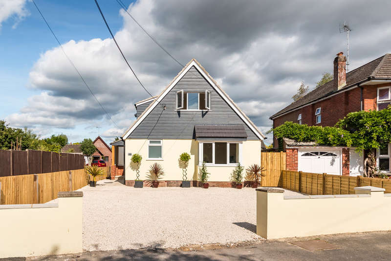 4 Bedrooms Chalet House for sale in Seymour Road, Ringwood, Hampshire