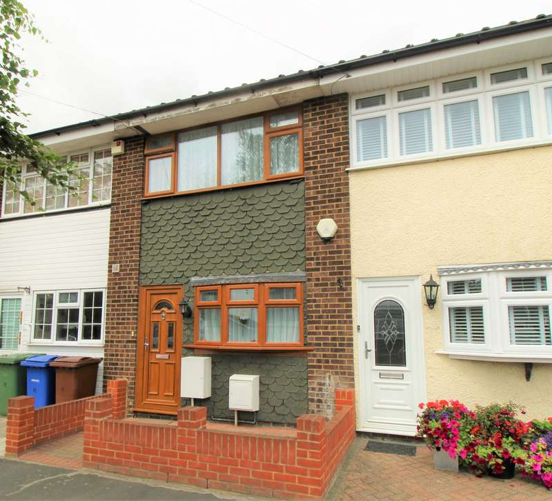 2 Bedrooms Terraced House for sale in Furness Close, Grays, RM16