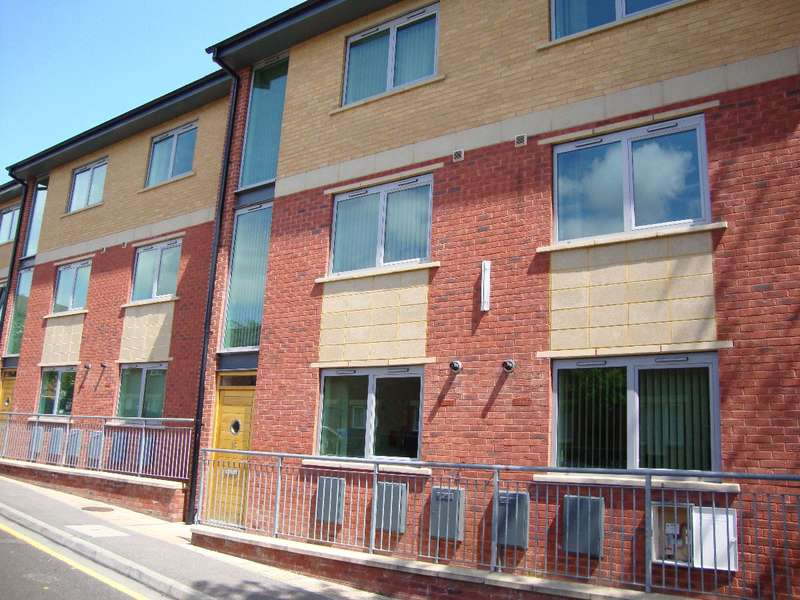 6 Bedrooms Terraced House for rent in 25 Broom Street