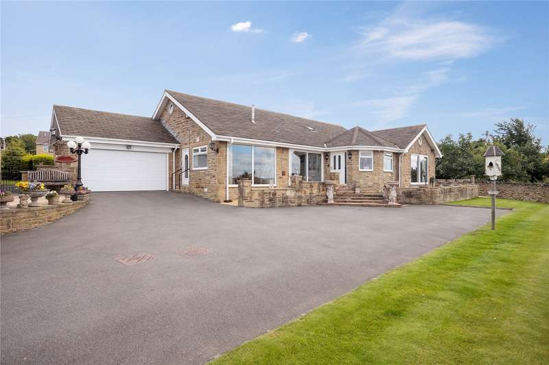 4 Bedrooms Detached Bungalow for sale in Old Bank Road, Earlsheaton, Dewsbury, West Yorkshire, WF12