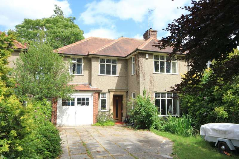 4 Bedrooms Semi Detached House for sale in Liebenrood Road, Reading, RG30