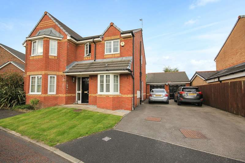 4 Bedrooms Detached House for sale in Makerfield Drive, Newton-le-Willows, WA12