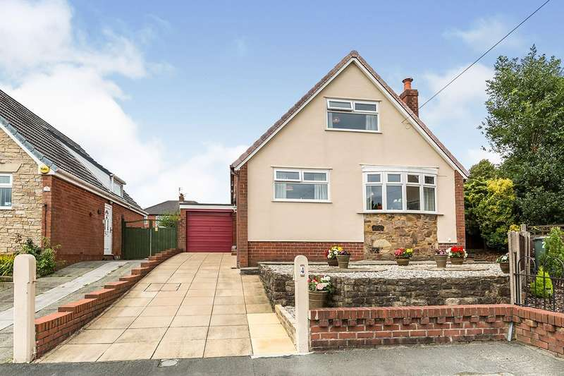 3 Bedrooms Detached House for sale in Chelmsford Grove, Chorley, Lancashire, PR7