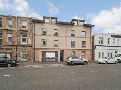 2 Bedrooms Flat for sale in Albert Road, Gourock