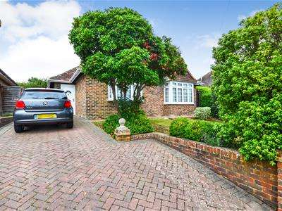 3 Bedrooms Chalet House for sale in Pembury Grove, Bexhill-On-Sea, TN39