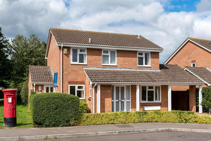 4 Bedrooms Detached House for sale in Hazelwood Road, Melksham