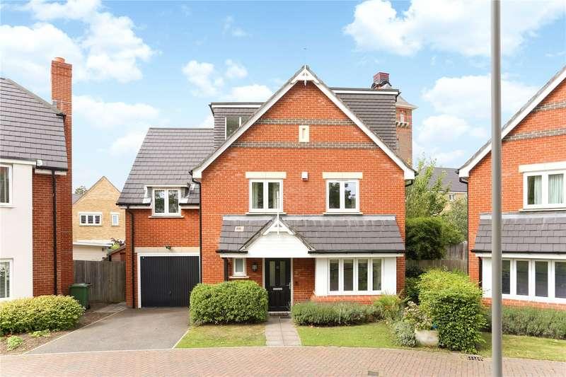 5 Bedrooms Detached House for sale in Glanville Way, Epsom, Surrey, KT19