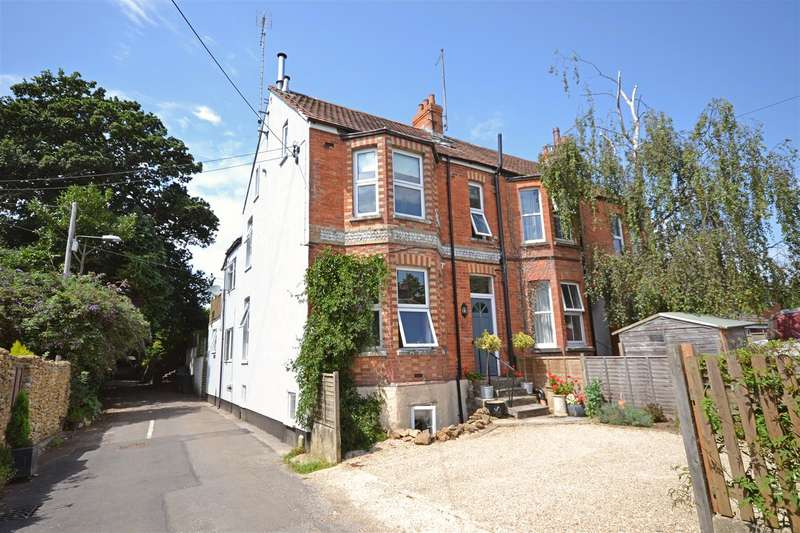 5 Bedrooms Detached House for sale in Kings Head Hill, Bridport