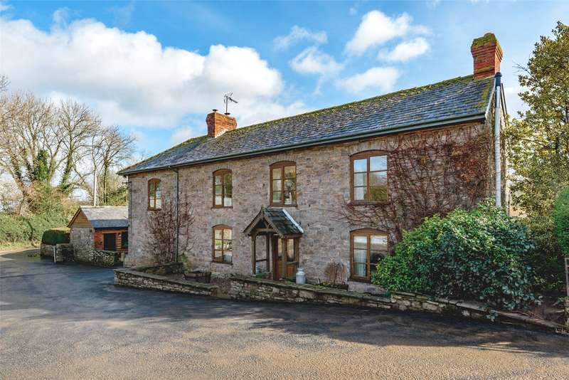 4 Bedrooms Equestrian Facility Character Property for sale in Lyonshall, Kington, Herefordshire, HR5 3HY