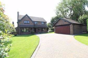 4 Bedrooms Detached House for sale in Mossley Garth Close, Congleton, Cheshire