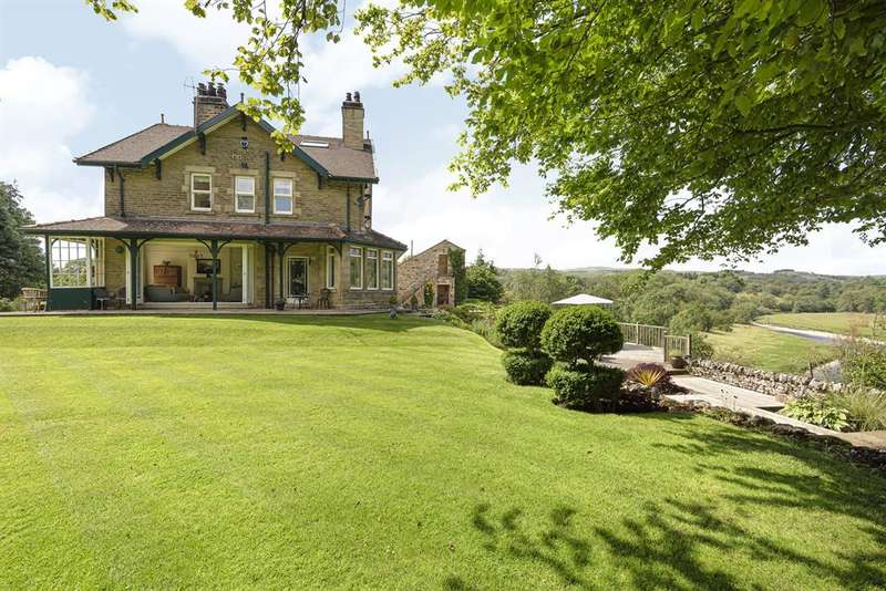 6 Bedrooms Detached House for sale in Greenways, Wharfeside Avenue, Threshfield