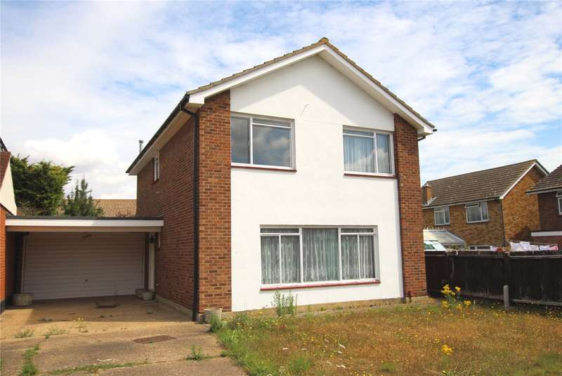 4 Bedrooms Detached House for sale in Coptfold Close, Thorpe Bay, Essex, SS1