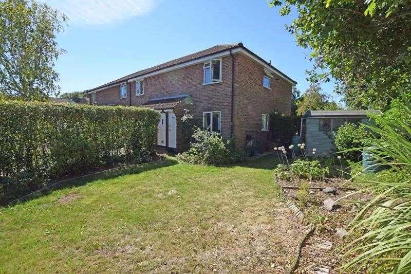 1 Bedroom Property for sale in Salisbury Close, Alton