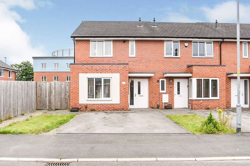 3 Bedrooms End Of Terrace House for sale in Wardle Street, Manchester, Greater Manchester, M40