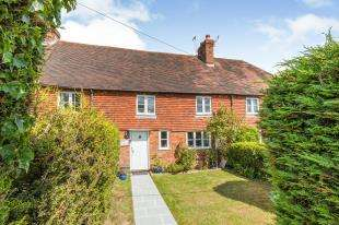 3 Bedrooms Terraced House for sale in Battle Road, Johns Cross, Robertsbridge, East Sussex
