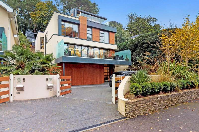5 Bedrooms Detached House for sale in Lakeside Road, Branksome Park, Poole