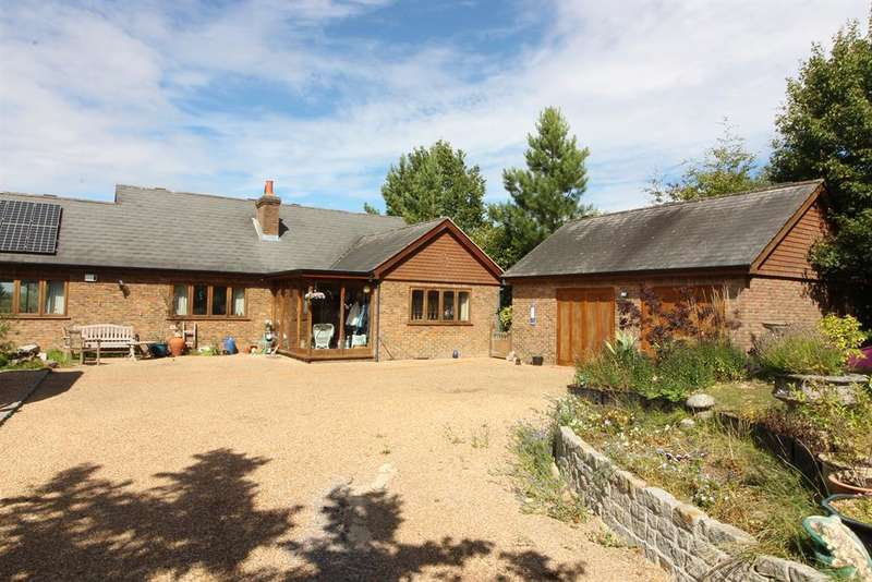 3 Bedrooms Bungalow for sale in GOUDHURST