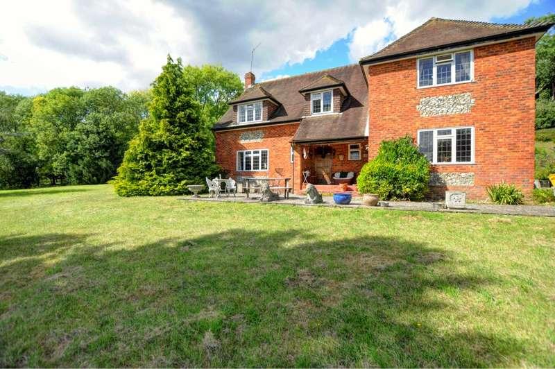 5 Bedrooms Detached House for sale in Wigans Lane, Bledlow Ridge