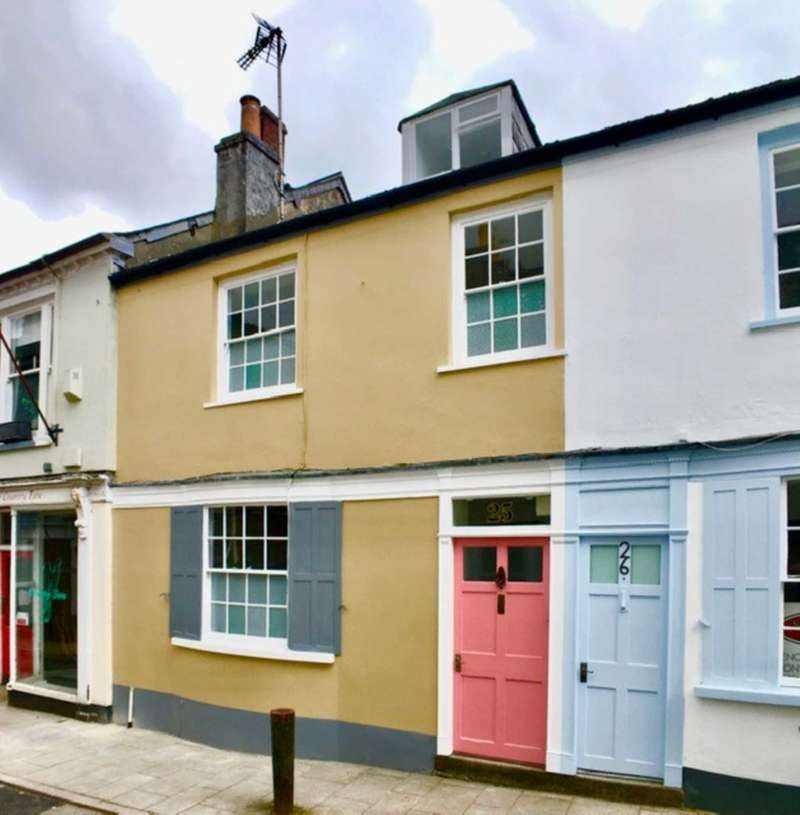 2 Bedrooms Terraced House for sale in Fore Street, Buckfastleigh
