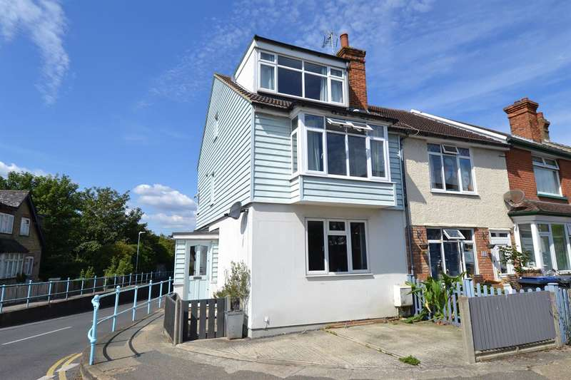 4 Bedrooms Terraced House for sale in Clare Road, Tankerton, Whitstable