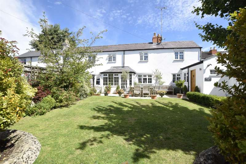3 Bedrooms House for sale in East End Road, Charlton Kings, Cheltenham, Gloucestershire, GL53