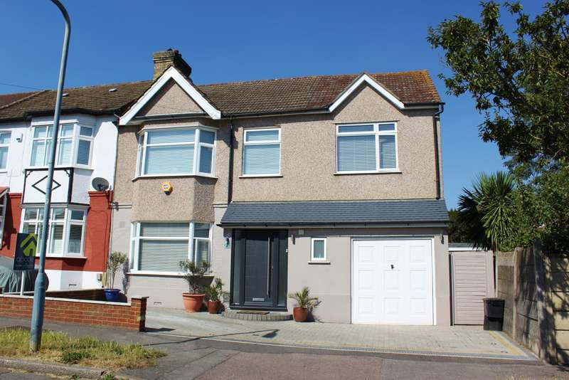 5 Bedrooms End Of Terrace House for sale in Greenstead Gardens, Woodford Green