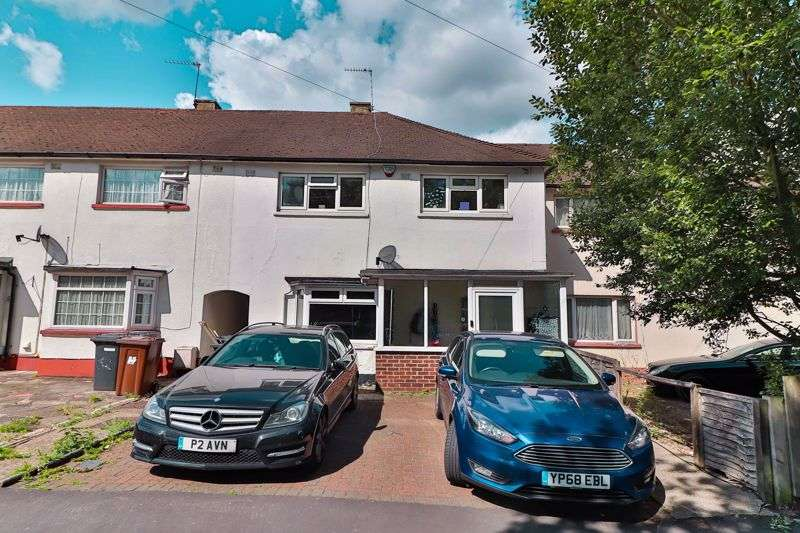 3 Bedrooms Property for sale in Buckingham Road, Borehamwood