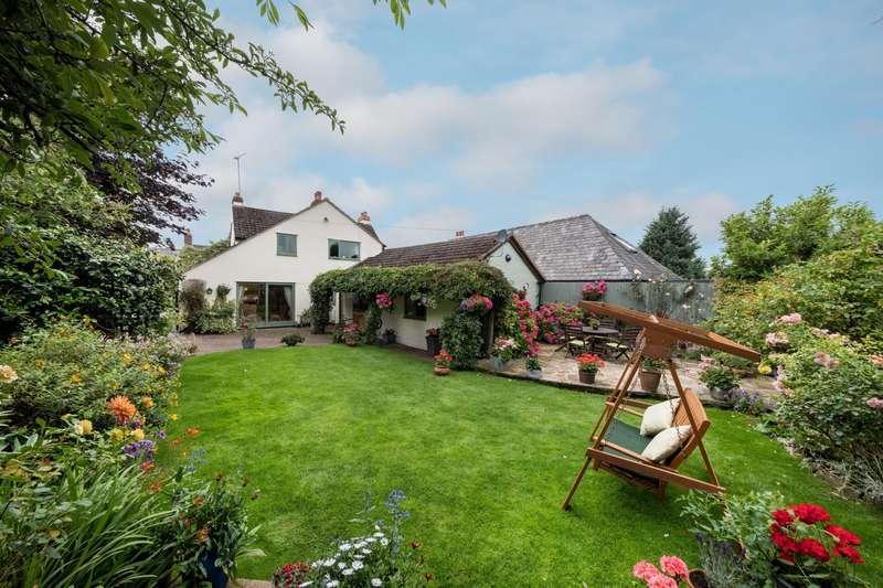 5 Bedrooms House for sale in 5 bedroom House Detached in Ashton