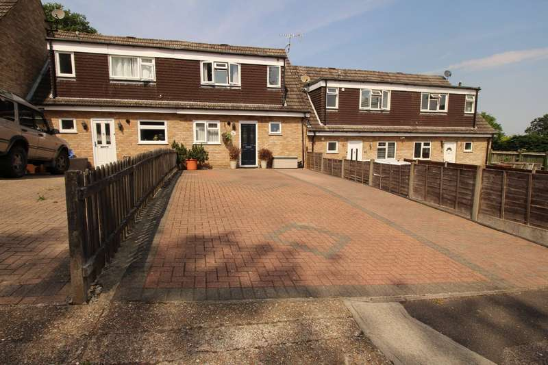 3 Bedrooms House for sale in Arundel Close, Chatham, Kent, ME5