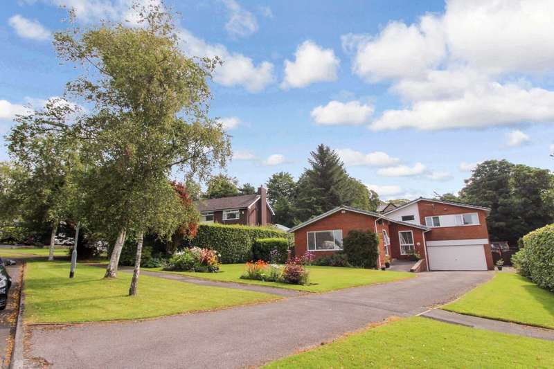 5 Bedrooms Detached House for sale in Acresdale, Bolton