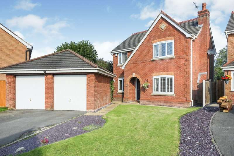 4 Bedrooms Detached House for sale in Bude Close, Preston, Lancashire, PR4