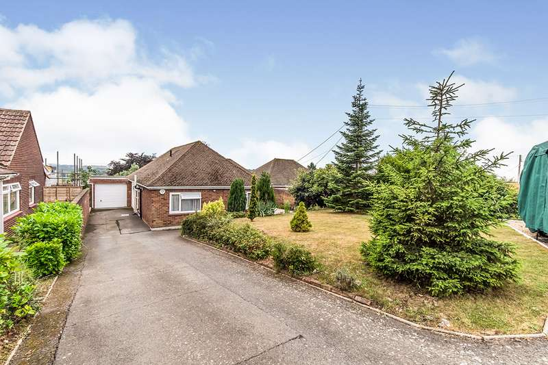 3 Bedrooms Detached Bungalow for sale in Cooling Road, High Halstow, Rochester, Kent, ME3